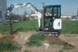 executie gauri cu foreza pentru instalare stalpi gard